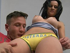 Stela rents an apartment with her teen pussy