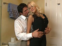 Briana cheating her drunk boyfriend