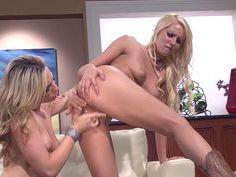 Horny blondes spending time together