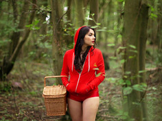Valentina Nappi gets caught in the forest by Danny D