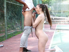 Alexis Rodriguez got on her knees and deepthroated that huge meatsicle