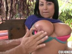 Big breasts Claudie shows her treasures