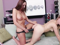 Hot lesbian sex with a blonde an brunette