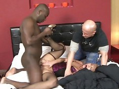 Linda Ray spreads her pussy