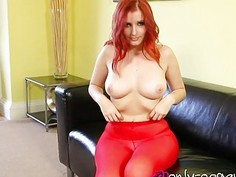 Sexy redhead babe in red pantyhoe