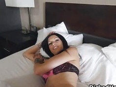 Assy GF blows on amateur sex video
