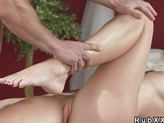 Masseur gives creampie to brunette