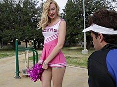 Crazy hot cheerleading