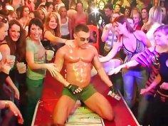Wild cheeks engulfing ramrod in club