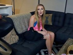 Step bro fucks Harley Jades pussy on top of his cock