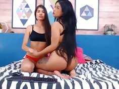 Two hot Latinas in a tickle match