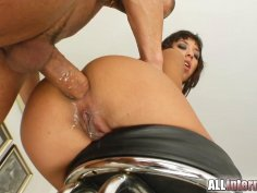 Dirty slut got her ass destroyed by two giant dicks