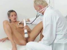 Deviant Doctor Uses Vibrator On Sexy Slut