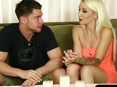 Hot blonde masseuse receives warm facial after sucking off