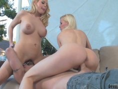 Fascinating Kalla Hunt and her blonde girlfriend make one guy eat their pussies