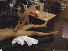 Lovely hottie babe selling her asian pussy