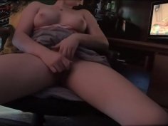 Girl watches porn while boyfriend is in other room, Sneaky masturbation