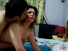 Homemade video with busty blonde Iranian bitch getting pounded hard