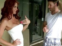 This redhead mommy with big boobs got lemonade