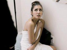 Horny Teen Gianna Dior Cumz Hard!