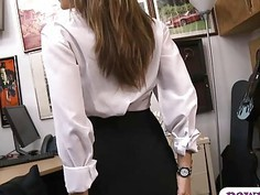 Horny pawn guy banged sexy amateur babe at the pawnshop