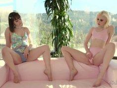 Showcases: Chloe Cherry – 2 Scenes In 1